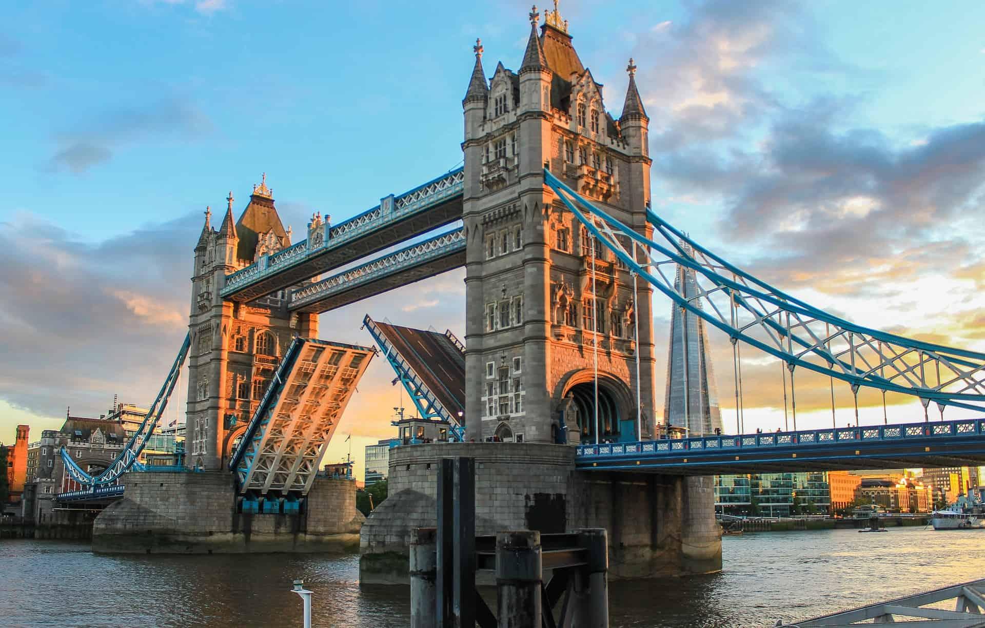 decouvrir tower bridge